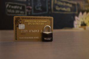 Kredyt w banku czy szybka pożyczka pozabankowa?