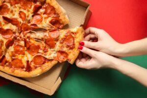 Dlaczego pizza na dowóz jest taka dobra