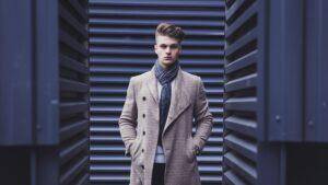 Modne kurtki i płaszcze na jesień 2021